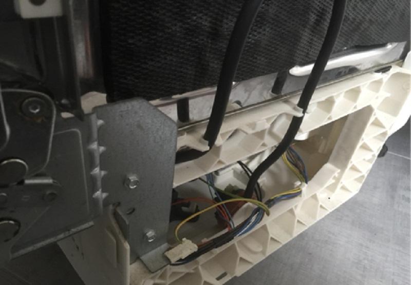 riparazione-assistenza-saronno-varese-como-milano-monza-brianza-lavastoviglie-hotpoint-lft116-pressostato