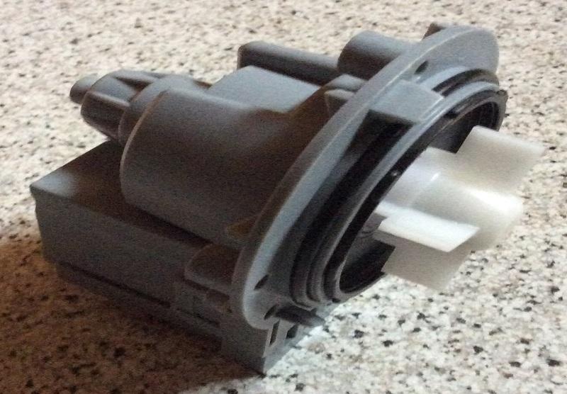 riparazione-assistenza-saronno-varese-como-milano-monza-brianza-lavatrice-bosch-maxx-pompa