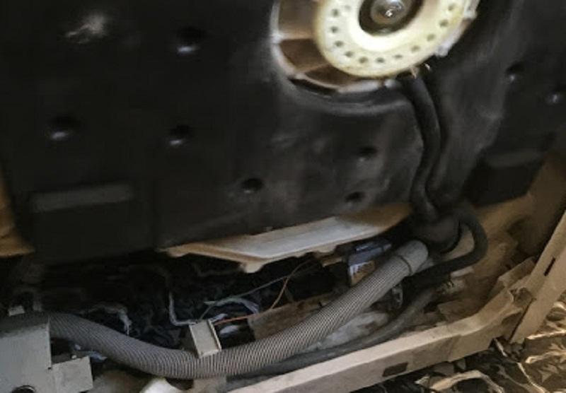 riparazione-assistenza-saronno-varese-como-milano-monza-brianza-lavatrice-zoppas-pt65a-tubo
