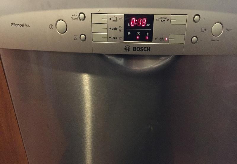 Lavastoviglie Bosch Spia Rubinetto Accesa.Riparazioni Lavastoviglie Saronno Ripara Tutto Multimarche