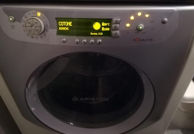 riparazione-assistenza-saronno-varese-como-milano-monza-brianza-lavatrice-hotpoint-aqualtis