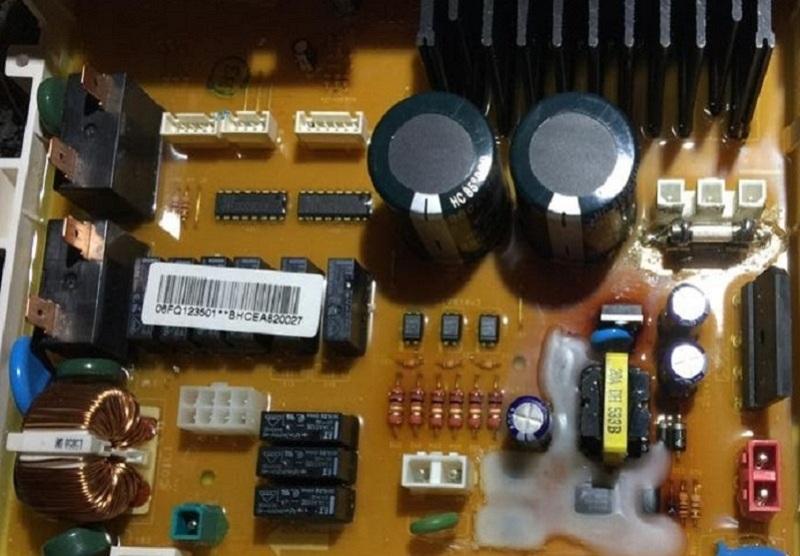 riparazione-assistenza-saronno-lavatrice-samsung-scheda-elett