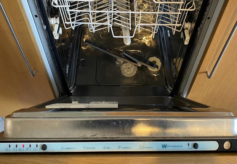 riparazione-assistenza-saronno-varese-como-milano-monza-brianza-lavastoviglie-westingouse