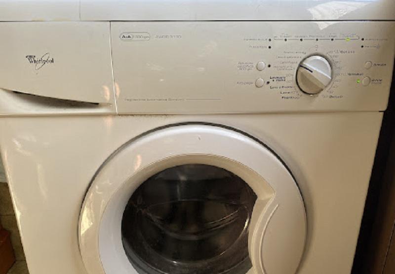 riparazione-assistenza-saronno-varese-como-milano-monza-brianza-lavatrice-whirlpool-awo
